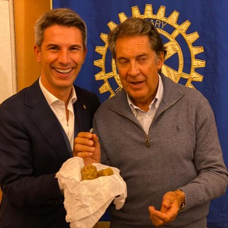 Il presidente Rotary Saluzzo Cesare Pallo e Francesco Manna