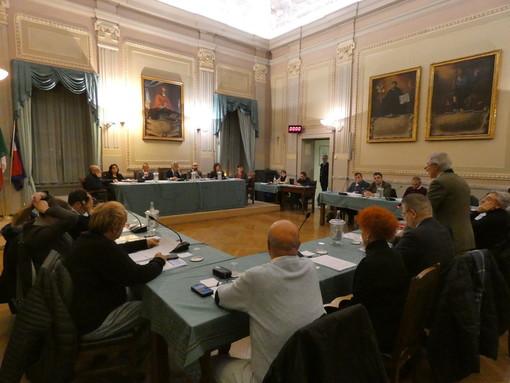 Un'immagine del Consiglio comunale dello scorso 28 novembre: questa volta la seduta si terrà lontano dal palazzo municipale