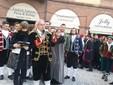 Saluzzo, l'omaggio alla castellana dei Magnin