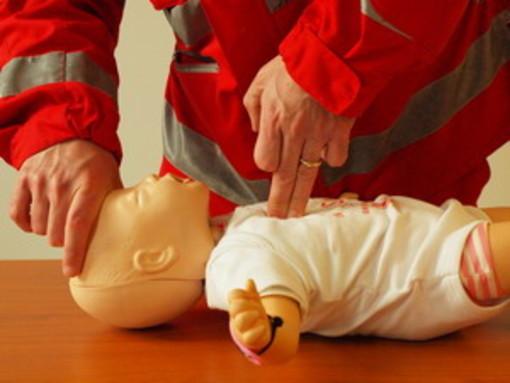 A Mondovì un corso sulle manovre salvavita con la Croce Rossa