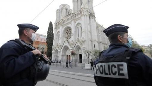 Attentato di Nizza: troppi interrogativi ancora senza risposta
