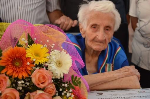Costigliole Saluzzo: tanti auguri a Neta che festeggia alla grande il suo secolo di vita