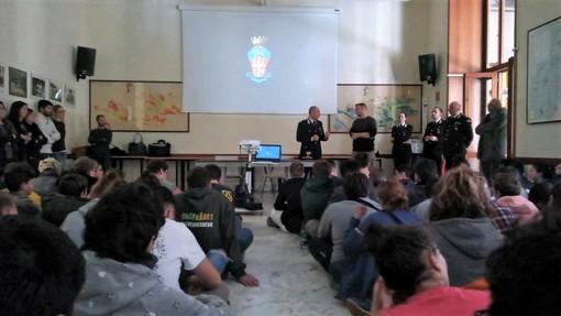 Ormea: gli studenti della scuola forestale incontrano il Maggiore Ambrosino Tala