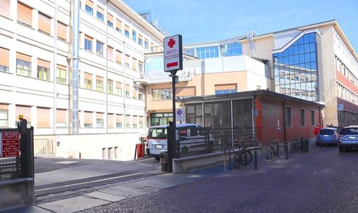 L'ospedale San Lazzaro di Alba: secondo i periti dell'Asl l'immobile vale 13 milioni di euro