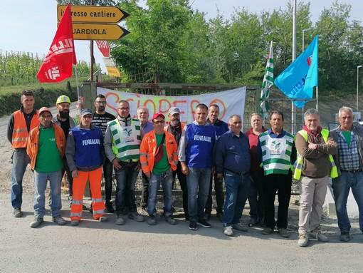 Il gruppo di lavoratori durante la giornata di sciopero dello scorso 24 maggio