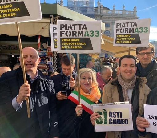 """Alla manifestazione """"Si Tav"""" di Torino anche i promotori della petizione per il completamento dell'Asti-Cuneo"""