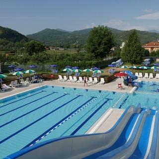 La piscina estiva di Piasco