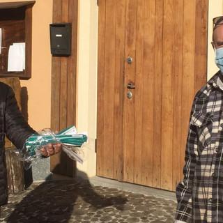 Il consigliere comunale Rocco Pulitanò dona mascherine alla casa di riposo e agli anziani di Castelnuovo di Ceva