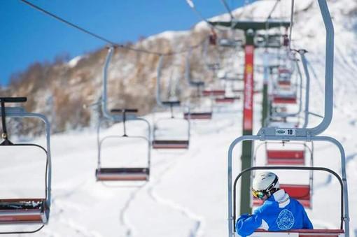 """Uncem: """"Impianti invernali devono aprire, lo sci è fondamentale per l'economia dei territori e dell'indotto"""""""