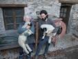 Luigi e Daniele con due pecore di razza Muso Nero del Vallese