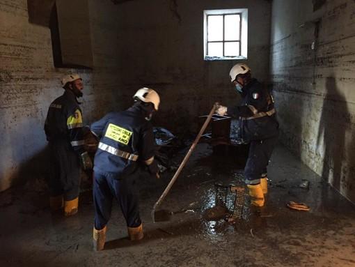 La protezione civile di Farigliano in aiuto di Bagnasco (FOTO)