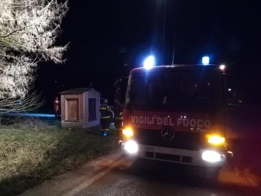 Incidente a Neive, scontro frontale tra due vetture: feriti i conducenti, grave una ragazza di 27 anni