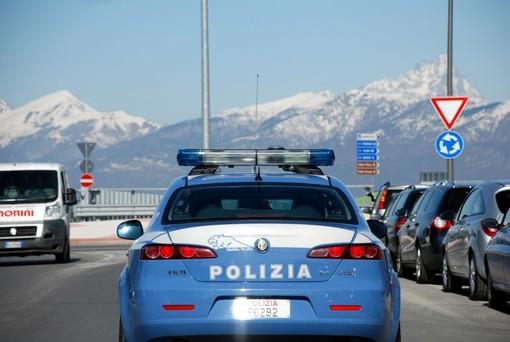 Cuneo: due poliziotti della Volante aggrediti da un trentacinquenne cuneese