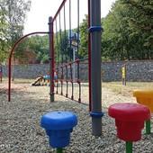 """A Priola nuovi giochi nel parco inclusivo """"5 sensi"""""""