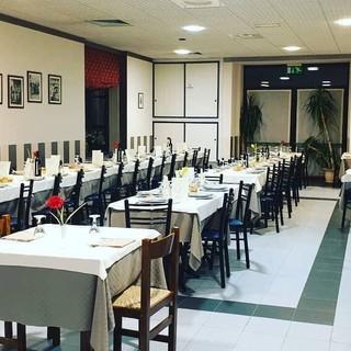 """Il ristorante """"Il Quadrifoglio"""" di Caraglio, chiuso in via precauzionale nei giorni scorsi, da oggi è riaperto in totale sicurezza"""
