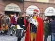 Saluzzo, l'omaggio alla castellana di Re Peperone