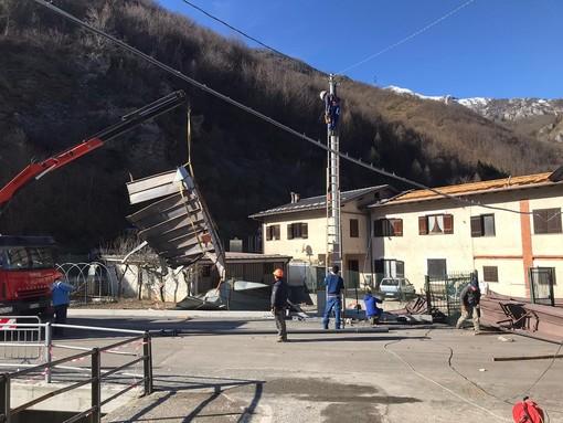 Raffiche di 130 km/h hanno scoperchiato numerosi tetti a Roaschia