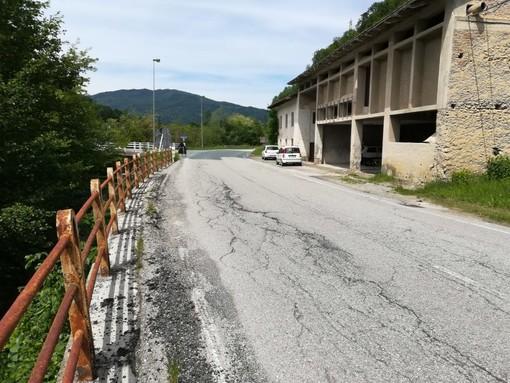 Il ponte sul Rio Bianciotto che verrà demolito e ricostruito