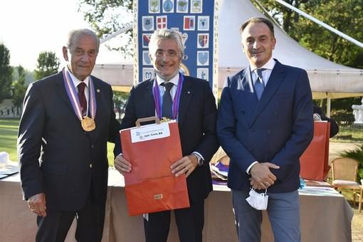 L'investitura del sindaco albese Carlo Bo (foto Paolo Destefanis)
