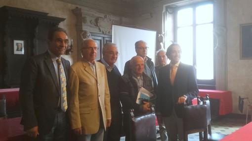 Savigliano, sala consiglio, la presentazione del progetto,  da sinistra il presidente del Rotary Savigliano Giovanni Battista Testa