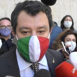 """Salvini a Torino lancia il """"langhetto"""" Damilano: """"E' lui il candidato dei torinesi"""" [VIDEO]"""
