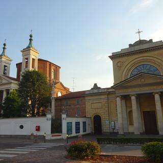 Santuario antico e Santuario nuovo della Madonna dei Fiori, a Bra