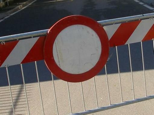 Cuneo, paglia dispersa sulla carreggiata: chiusa al traffico la galleria Carle