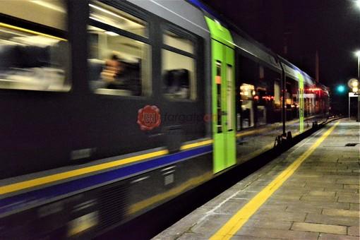 Il treno in stazione a Saluzzo