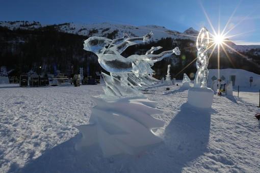 Una splendida scultura di ghiaccio di Valloire