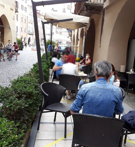 """A Savigliano primo weekend di apertura per bar e ristoranti: """"Abbiamo lavorato ma si parla di meno della metà dei posti a sedere"""""""