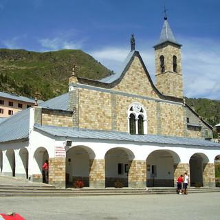 Il santuario di Sant'Anna di Vinadio, a oltre 2mila metri sul livello del mare