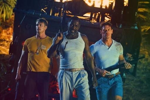 Rick Flag, Bloodsport e Peacmaker in una scena del film