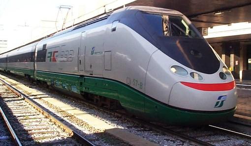 """Trasporti, Martinetti (M5S): """"Disservizi sulla linea Alba-Torino Stura, la Giunta non prende posizione. Necessario pretendere da Trenitalia un servizio adeguato"""""""