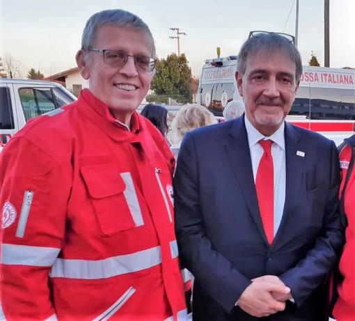 Teresio Delfino, a sinistra, insieme al Presidente della Federazione Internazionale delle Società della Croce Rossa e Mezzaluna Rossa Francesco Rocca