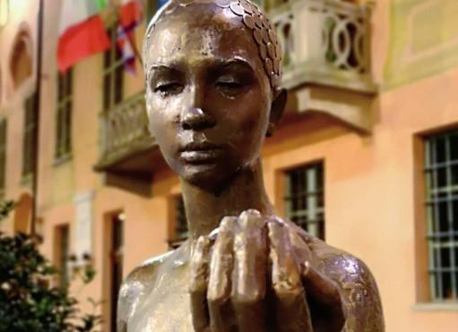 Le sculture di Serbio Unìa in due scatti di Silvio Genesio