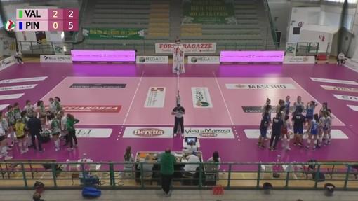Un momento del match tra Vallefoglia e Pinerolo