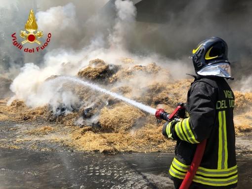 Fossano: a fuoco un fienile in frazione Gerbo