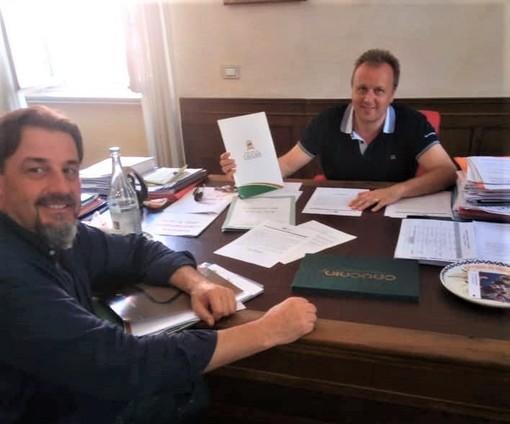 L'incontro fra Vittorio Ghia, Console Onorario d'Italia a Fortaleza, e Paolo Adriano