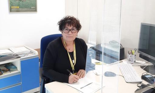 Alba, riconoscimento alla direttrice dell'ufficio postale di corso Langhe