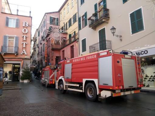 Mondovì lotta per mantenere i vigili del fuoco sul territorio comunale: sì alla concessione gratuita di un terreno per la nuova caserma