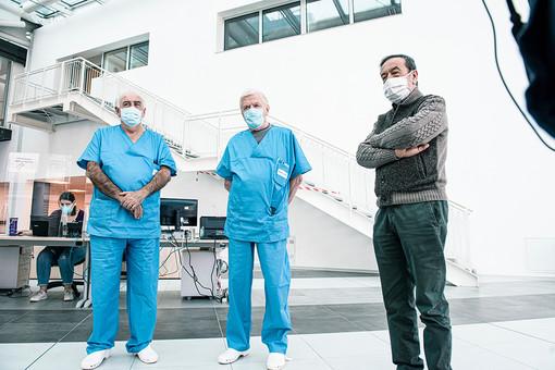Da sinistra i dottori Casagranda e Cornara, insieme al commissario straordinario per Verduno, Giovanni Monchiero (Ph Barbara Guazzone)