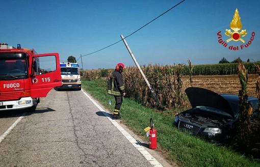 Auto contro bici in via Centallo a Fossano: ciclista in gravi condizioni