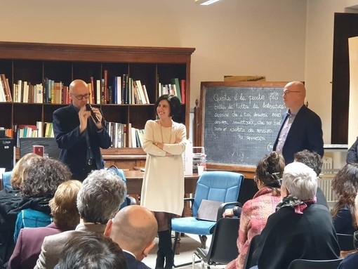 Aldo Cazzullo e Fabrizio Roncone premiati dal primo cittadino di Verduno Marta Giovannini