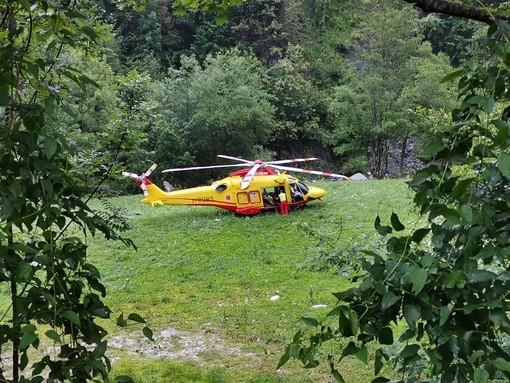 Intervento dell'eliambulanza in valle Corsaglia a Fabrosa Sottana