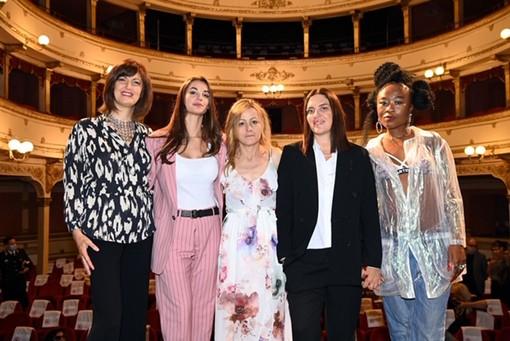 AmiCorti International Film Festival dedica una giornata alle donne, tra cinema ed aiuti concreti