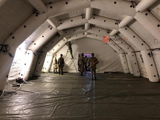 A Savigliano, le strutture modulari dell'Esercito ospiteranno fino a 22 pazienti in appoggio al Pronto Soccorso (FOTO E VIDEO)