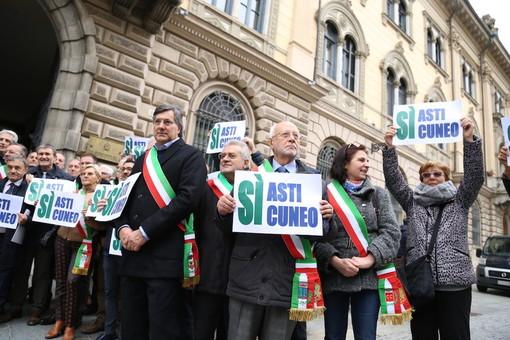Sindaci pronti alla mobilitazione per chiedere il completamento della Cuneo-Asti: il vertice in Provincia