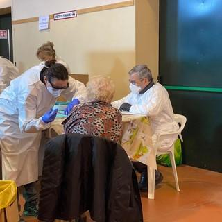 """A Paesana le prime vaccinazioni anti-Covid: """"Un giorno importante, significativo"""" [GALLERY]"""