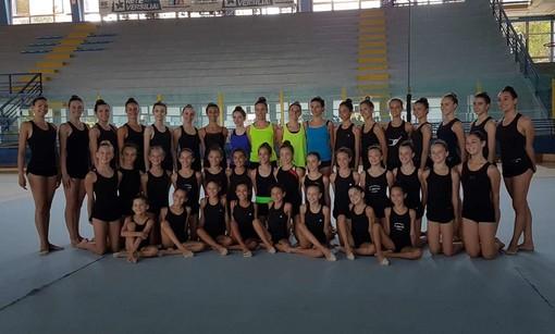 Ginnastica ritmica: allenamento a Viareggio per l'ASD Evolution Alba