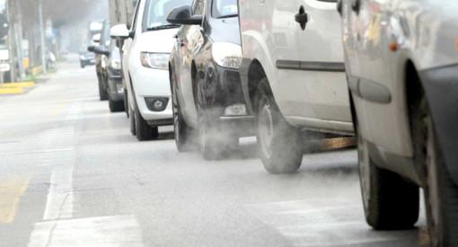 Polveri sottili, anche ad Alba e Bra il blocco dei Diesel fino all'Euro 5